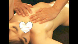 【マッサージ】二十代良い体のJDに性感マッサージ!!おっぱいも喘ぎ声も大きいぃ!!【個人撮影】